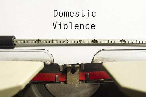 penale abusi maltrattamenti minorile