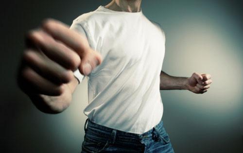 triangolazione minori maltrattamenti violenza domestica