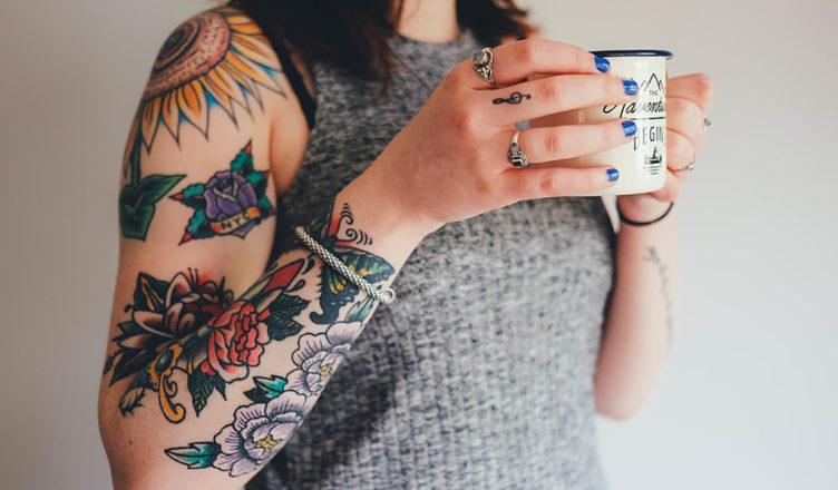 se il figlio minorenne vuole fare un tatuaggio